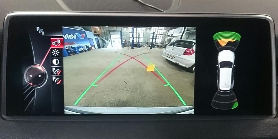 Установка камеры заднего вида, BMWupgrade