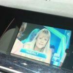 Включение TV/DVD в движении BMW
