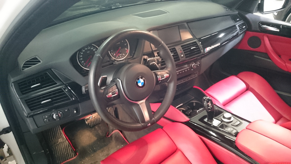установка спортивного руля BMW, Екатеринбург