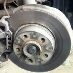 Замена тормозных колодок и дисков BMW