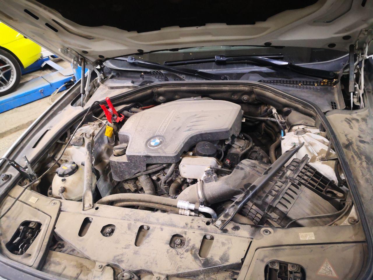 двигатель BMW F10 520 бензин