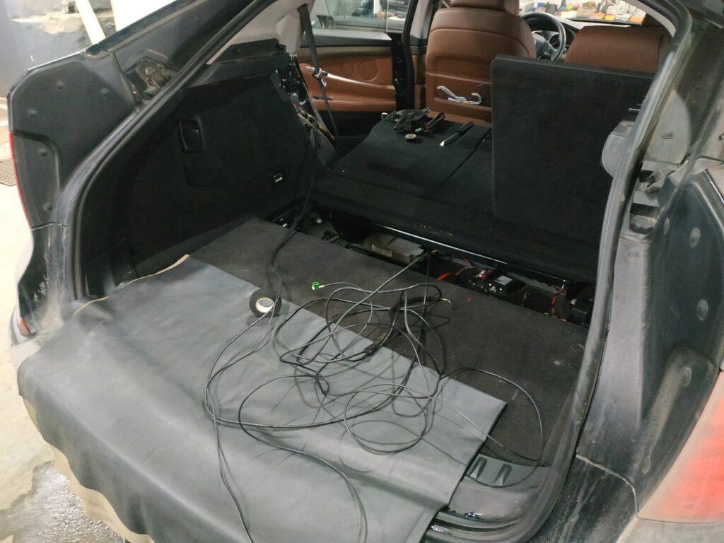 вид сзади F07 GT
