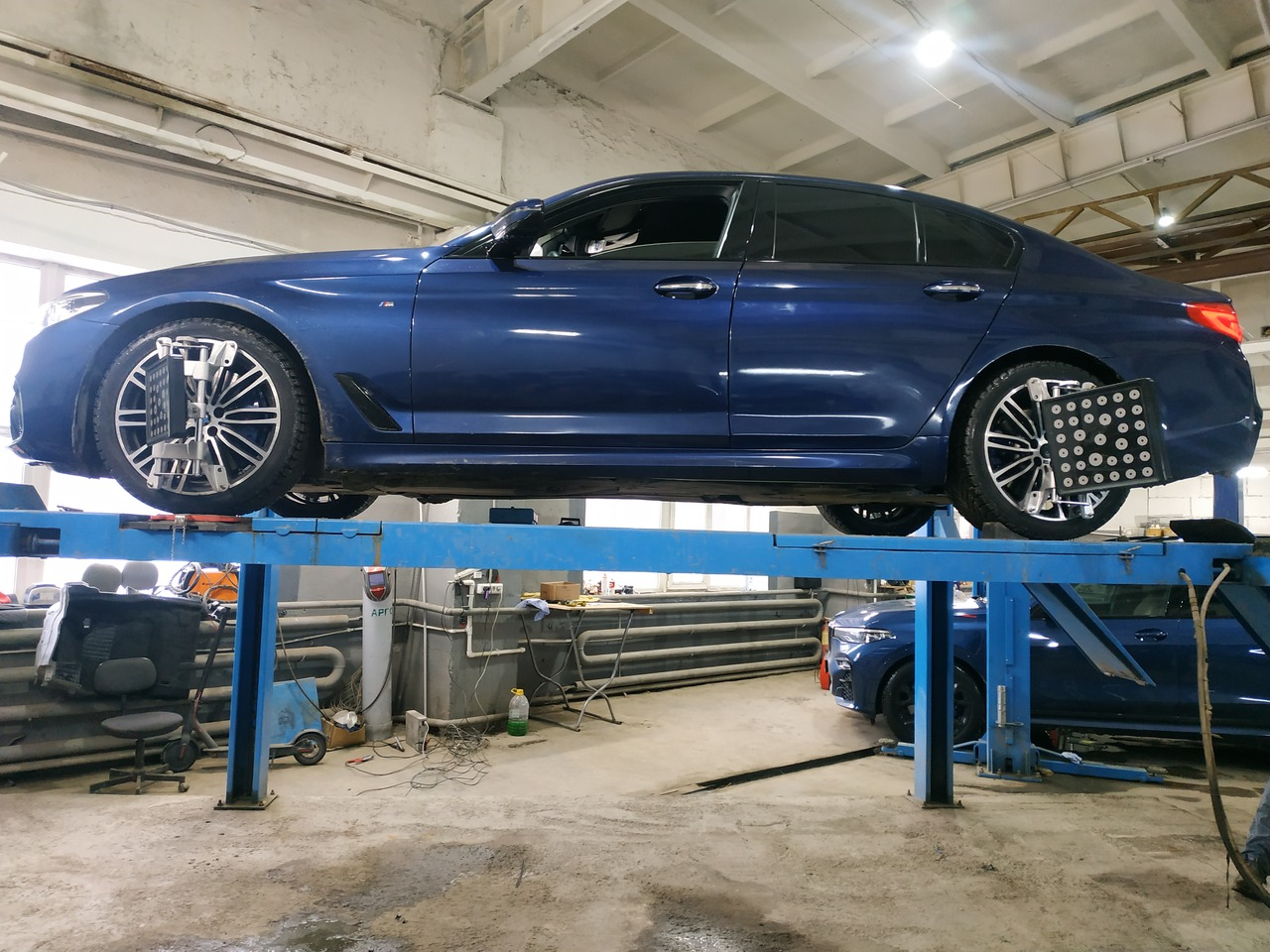 Сход развал BMW G30