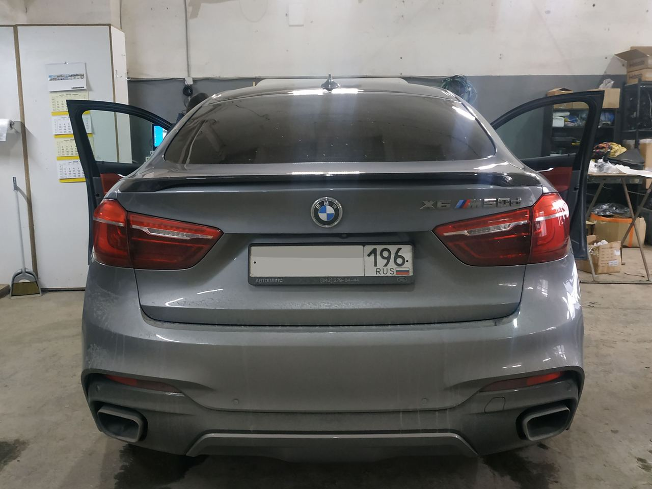 X6M, вид сзади