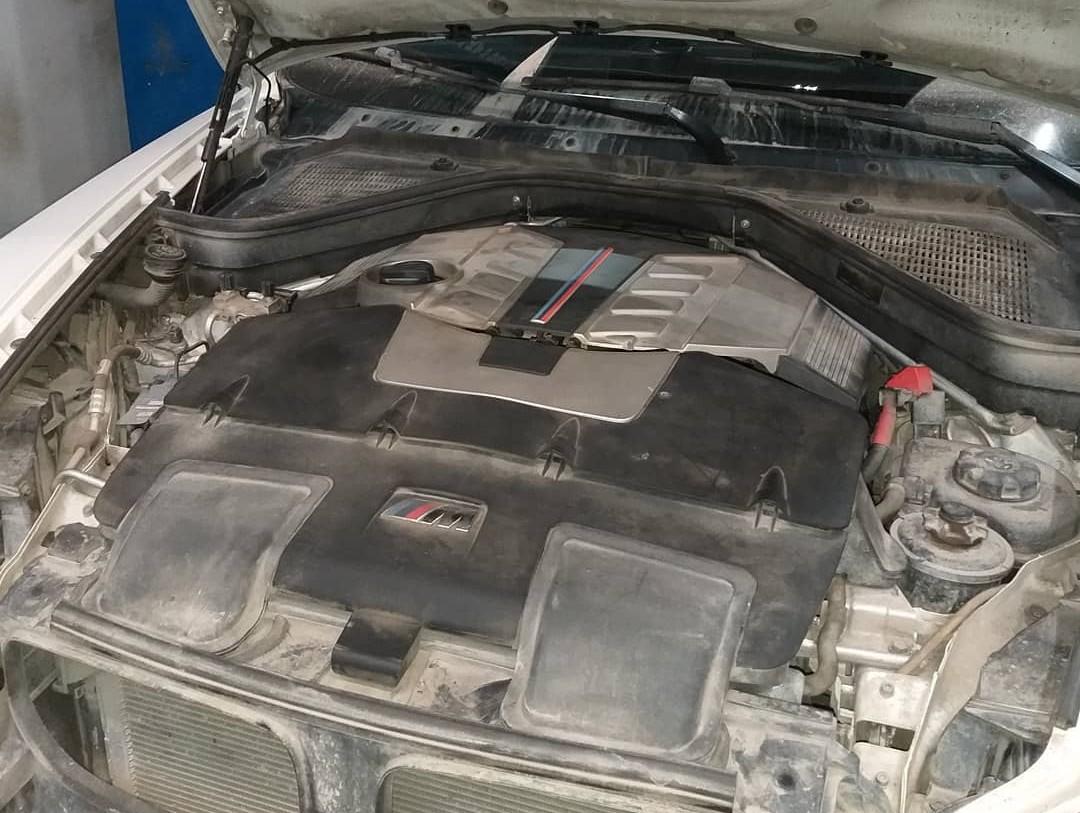 двигатель S63