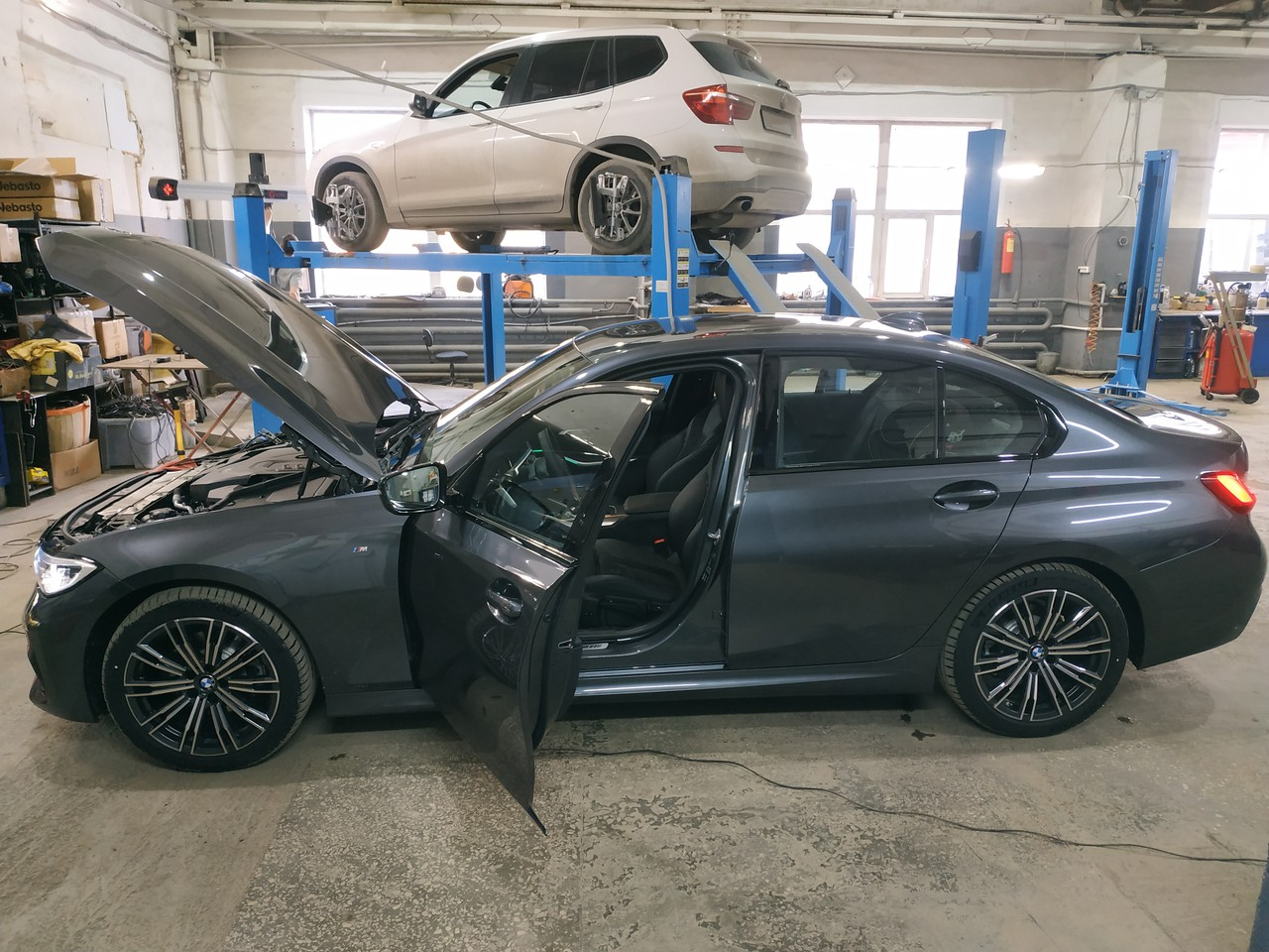 BMW G20 320i