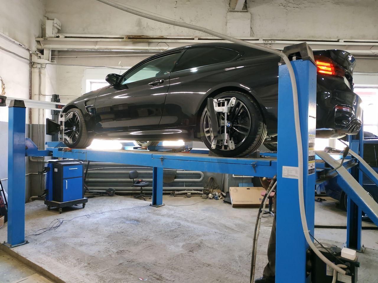 Сход развал BMW M4