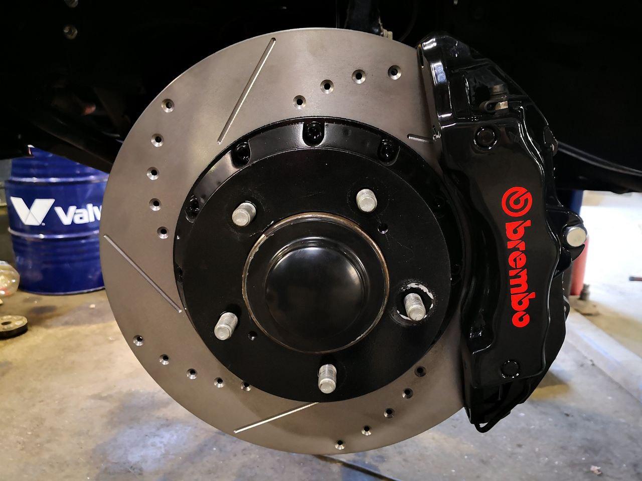 дисковые тормоза Brembo