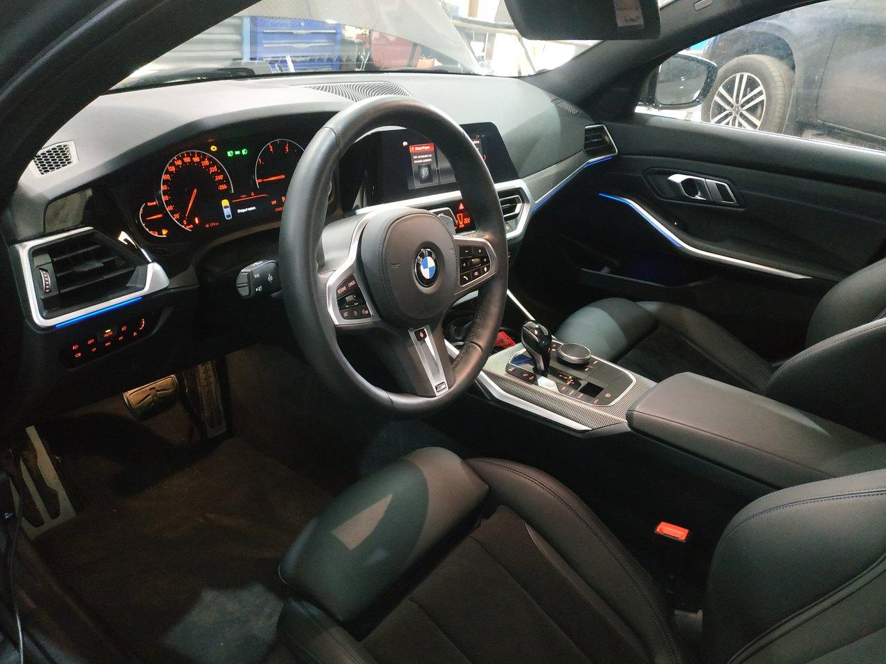 BMW G20, интерьер