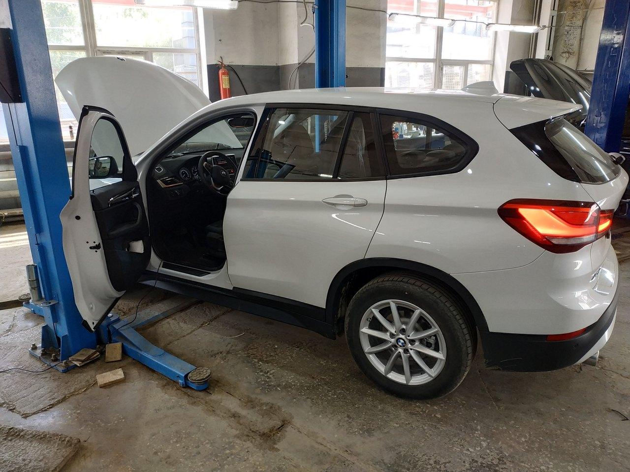 вид сбоку, BMW X1 F48