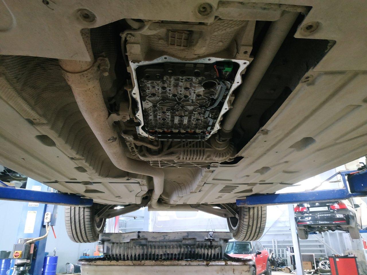 АКПП GA8HP70Z со снятым поддоном, замена масла в АКПП