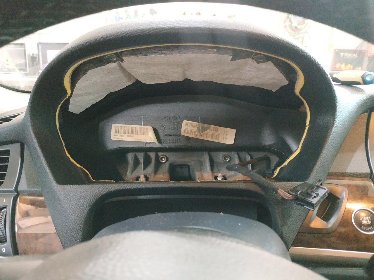 консоль E70 без панели приборов