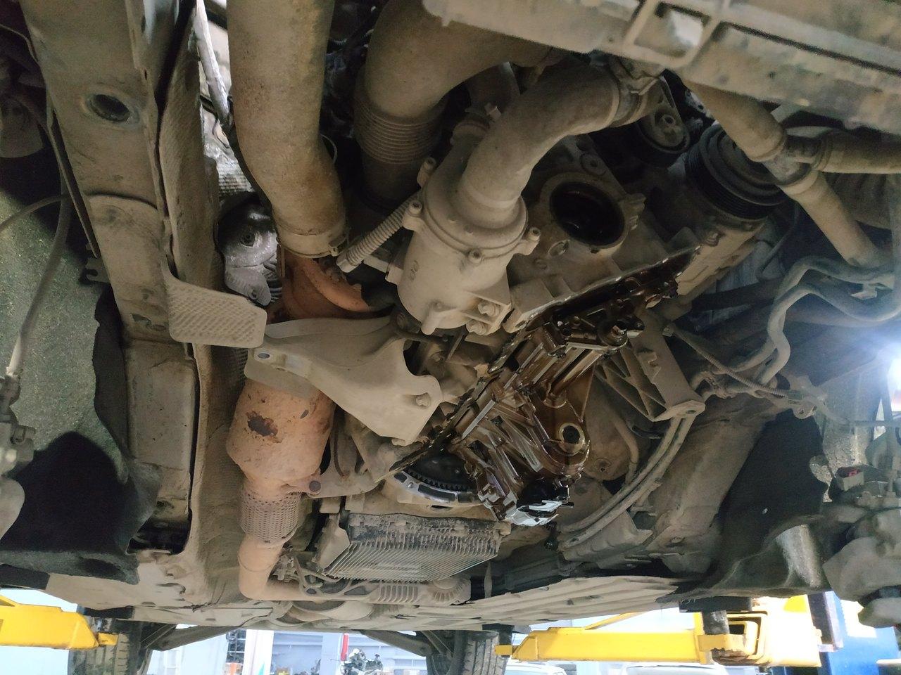 снятый поддон двигателя N20, BMW F25