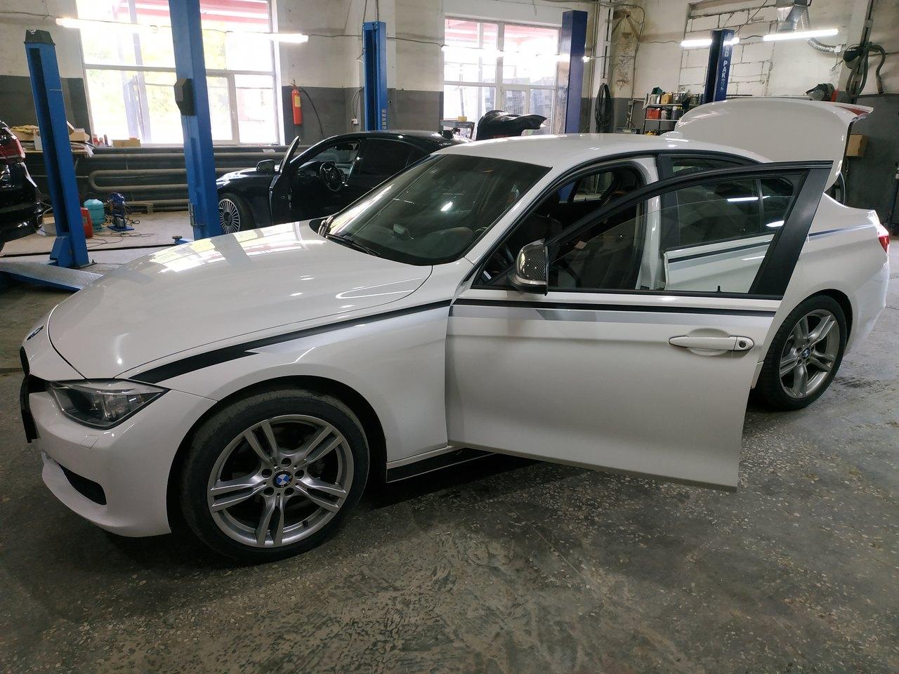 BMW F30 320i 2016