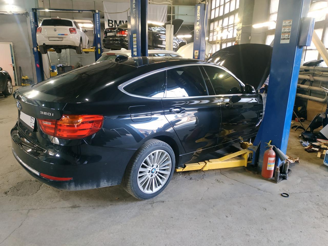 BMW F34 GT 320i