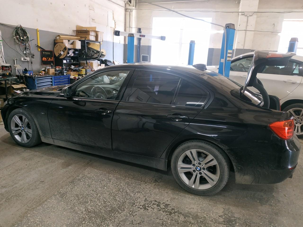 BMW F30 320d 2013