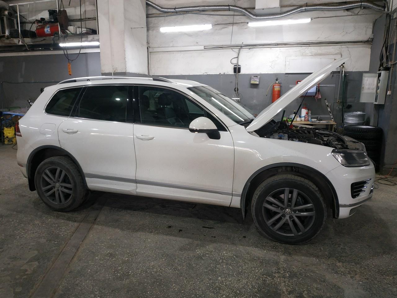 Volkswagen Touareg II 3.6 2017 г.в.