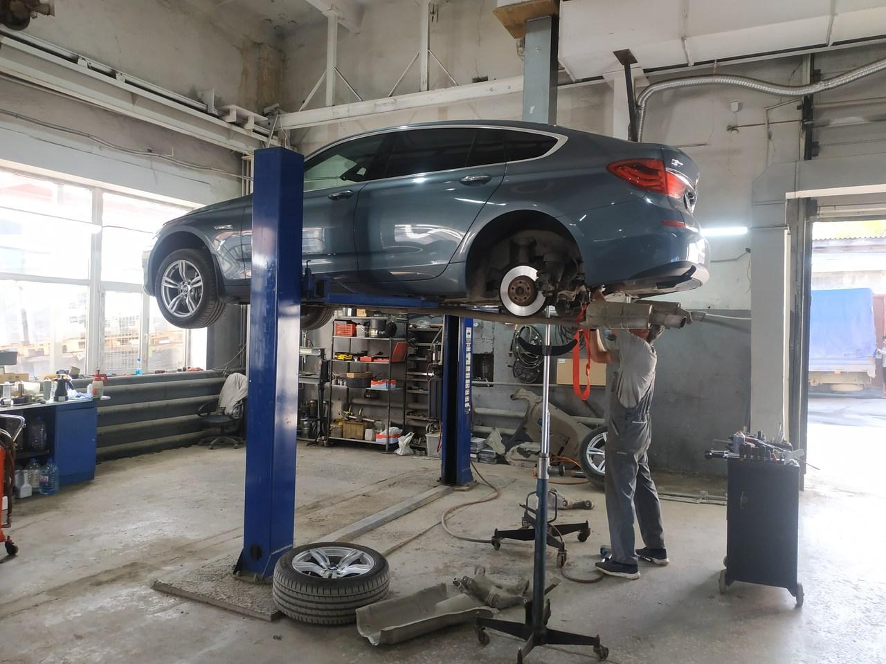 ремонт подвески BMW F07 GT