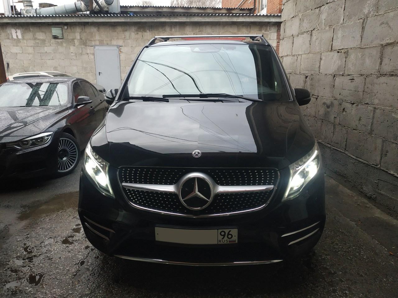 Mercedes Benz V-class W447
