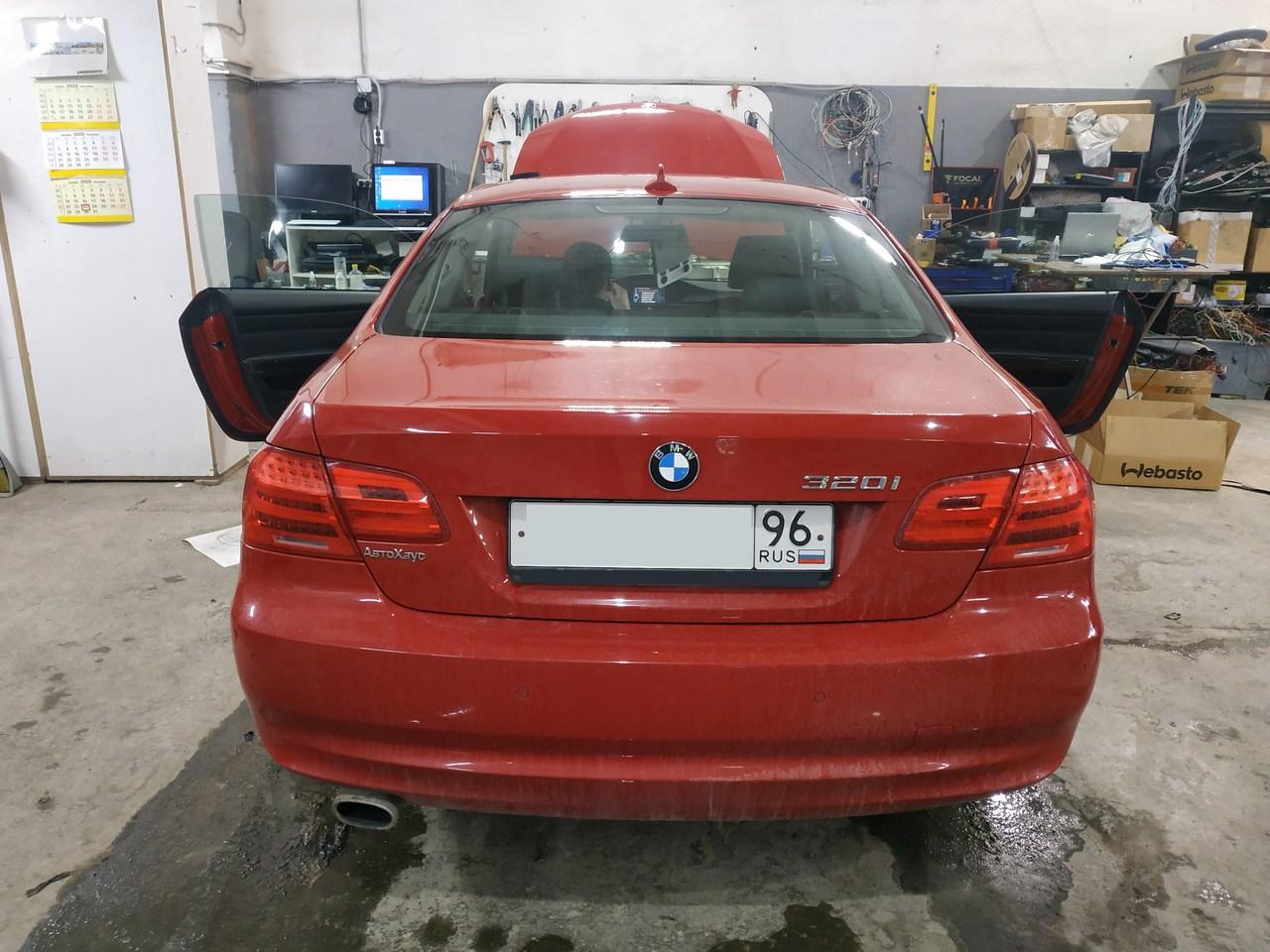 BMW E92, вид сзади