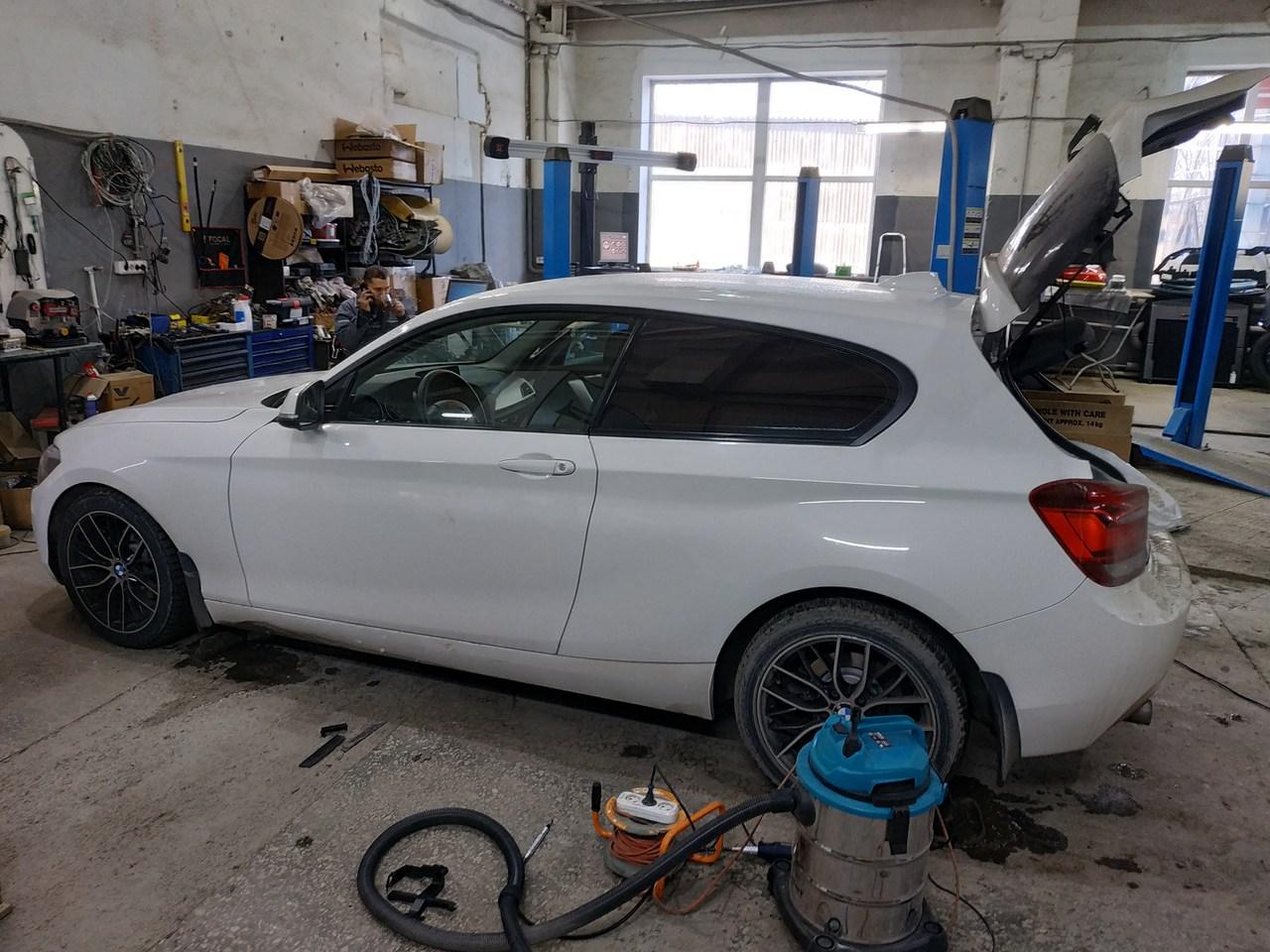 BMW F21 116i