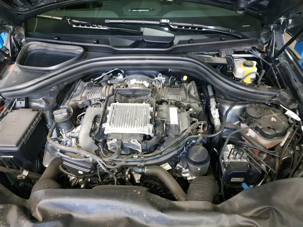Mercedes  GLE 350 D, двигатель дизельный 3.0 л