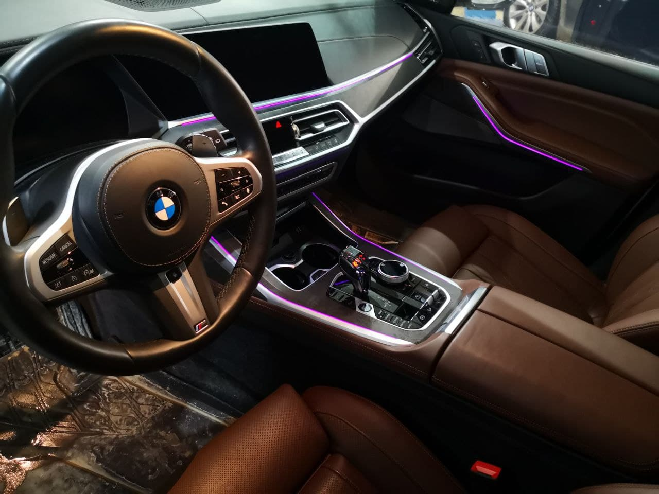 салон BMW X7 G07, хрустальный селектор