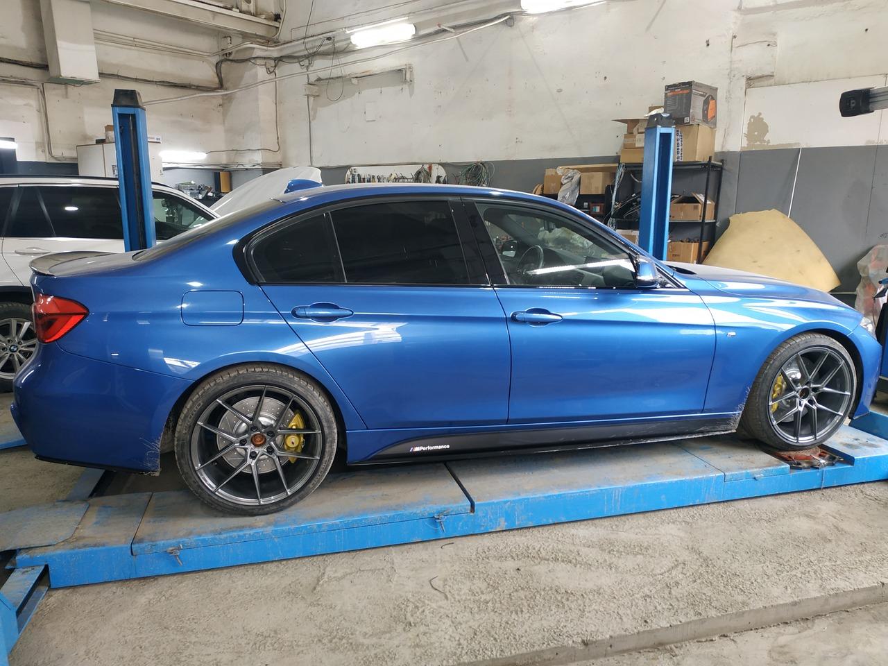 BMW F30 320dX 2018 г.в., M Performance тормоза