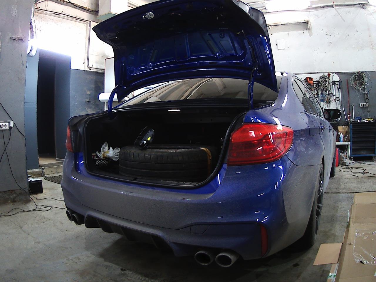 стоковые задние фонари, BMW M5