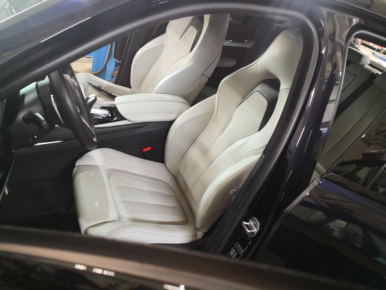 BMW X6 F16, тюнинг салона, спортивный салон X6M