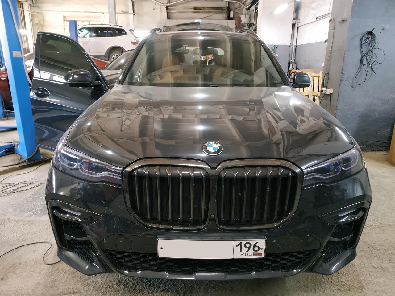BMW X7 G07 30d  2019 г.в.