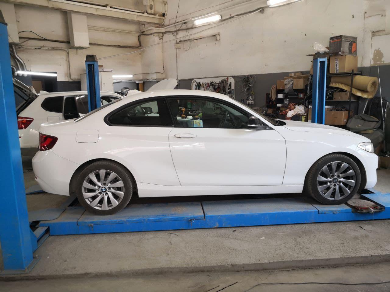 BMW F22 220d 2014