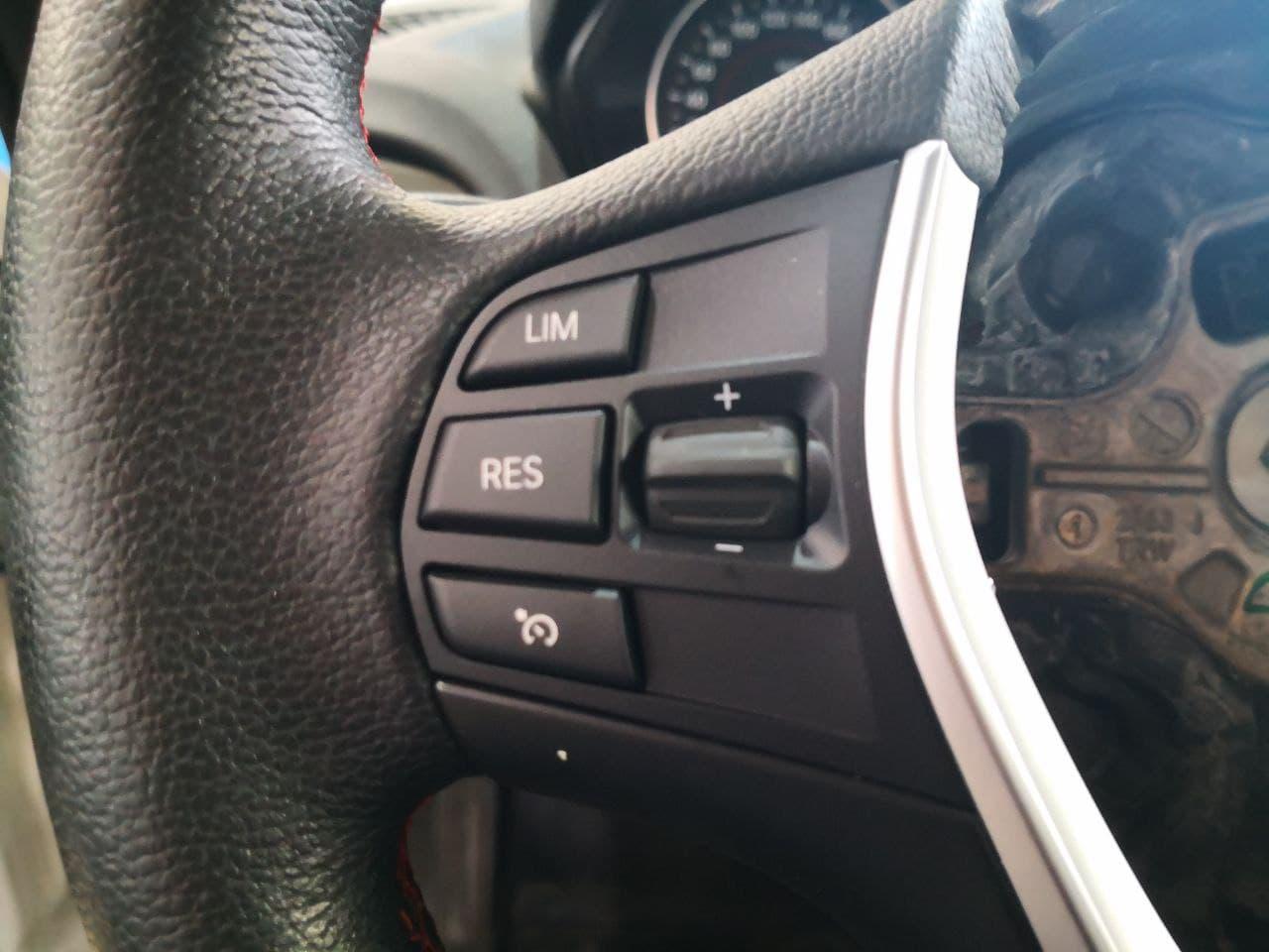 Новые кнопки на руле для круиз контроля