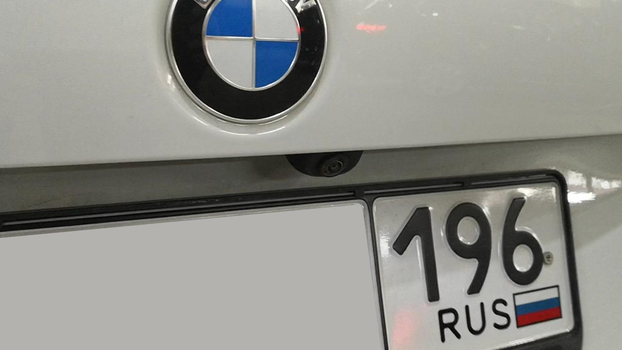 Камера заднего вида, BMW F22