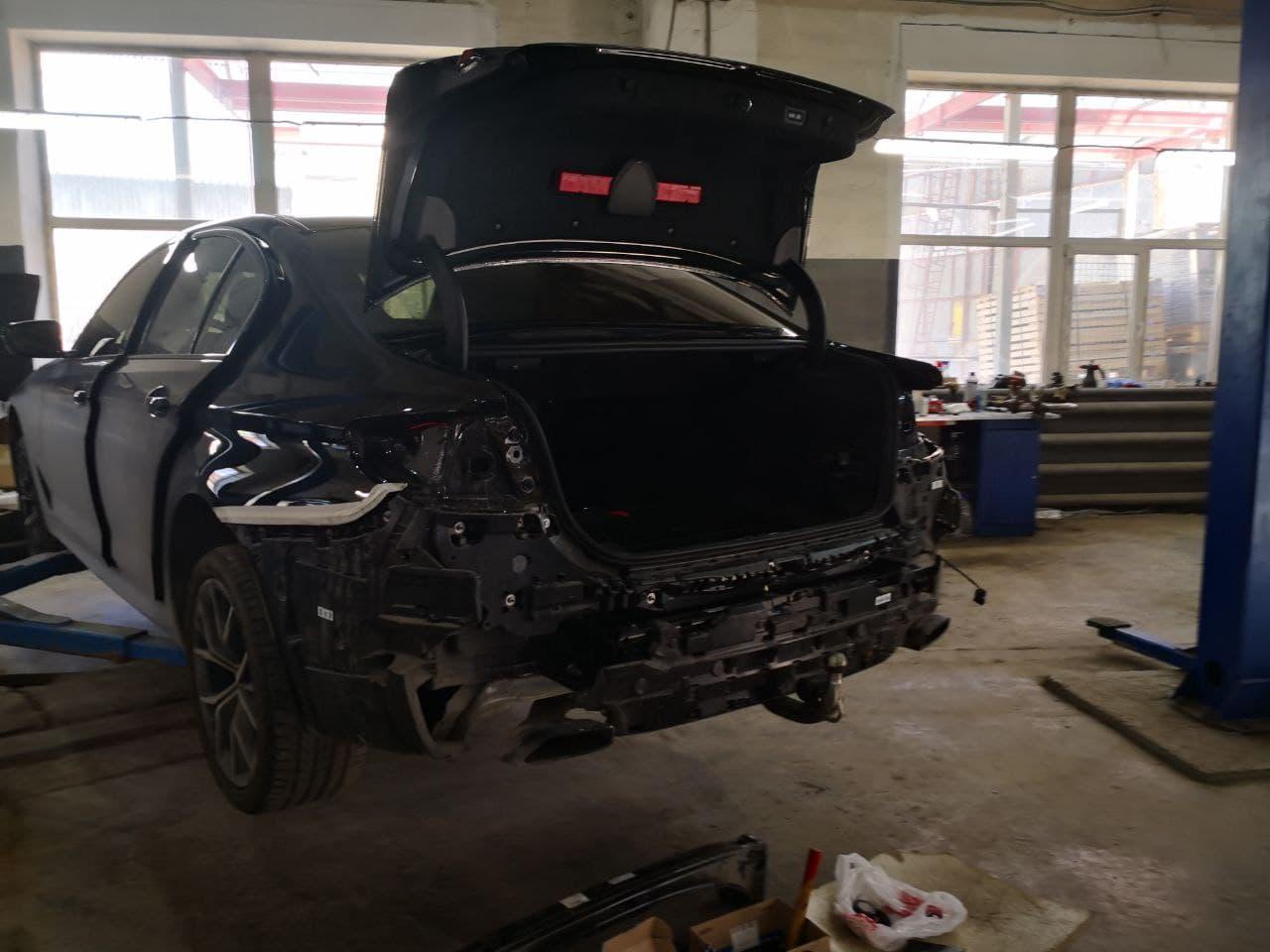 Дооснащение электрическим фаркопом BMW G30