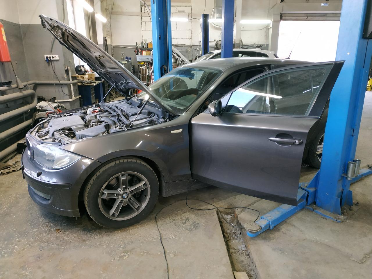BMW E87 120i 2007, удаление катализатора