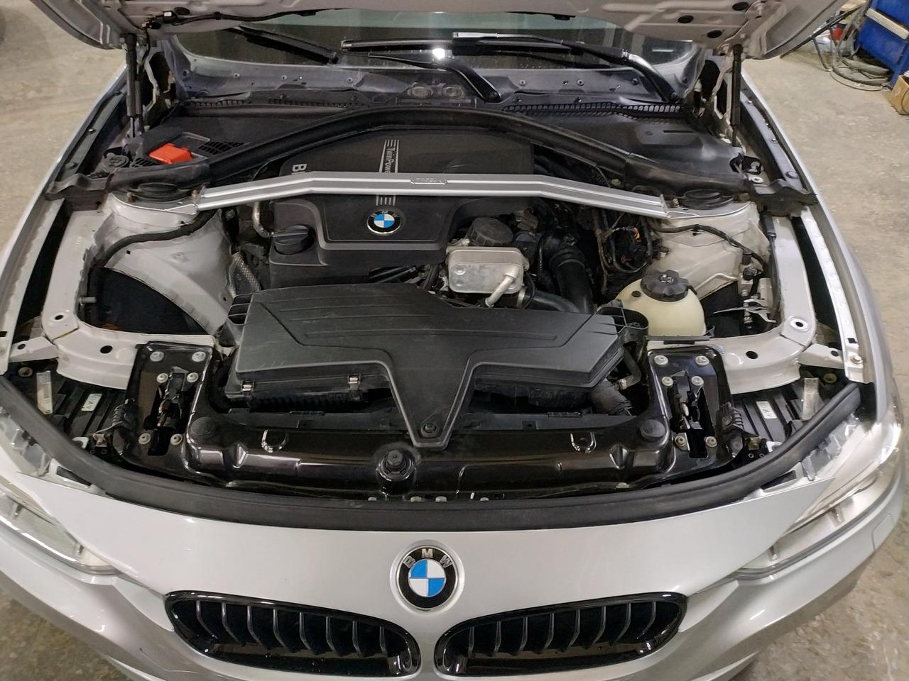 BMW F30, прошивка 320 в 328