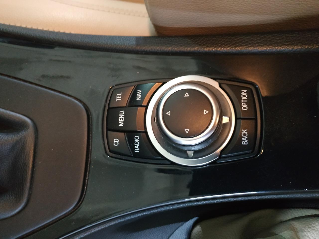 джойстик iDrive, BMW E92