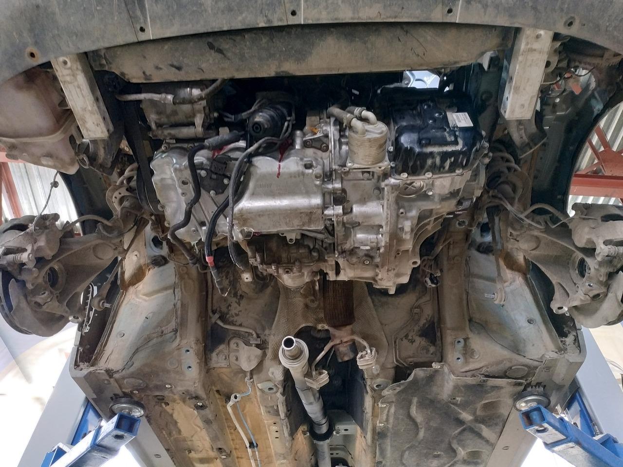 Двигатель B48, вид снизу