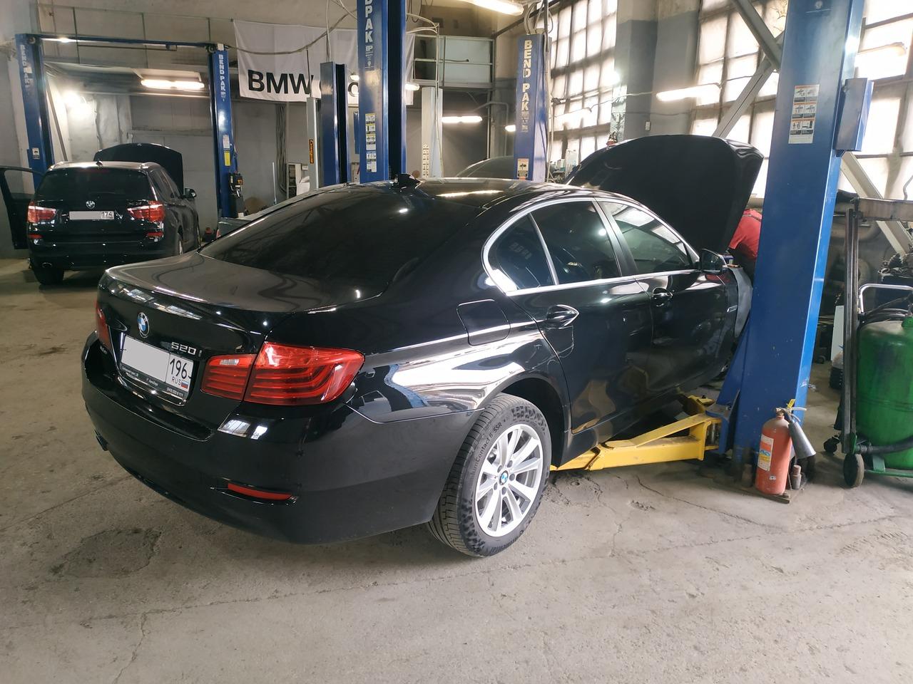 BMW F10 520i 2015 г.в.