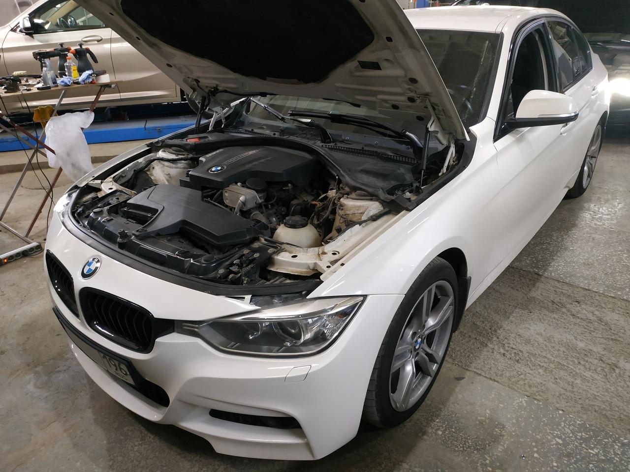 BMW F30 320i 2012 г.в.