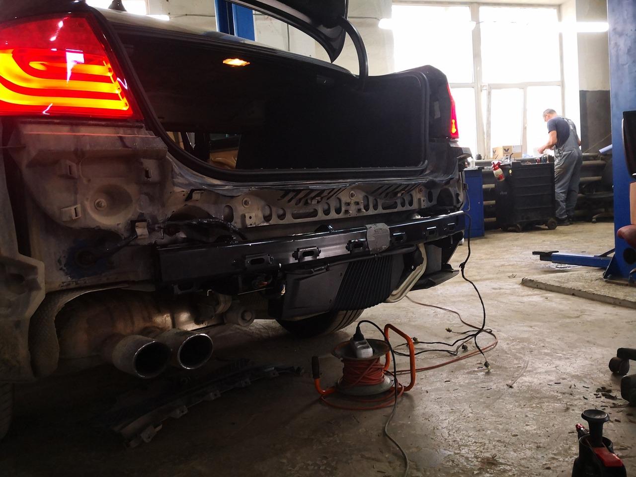 установка электрического фаркопа, BMW F10