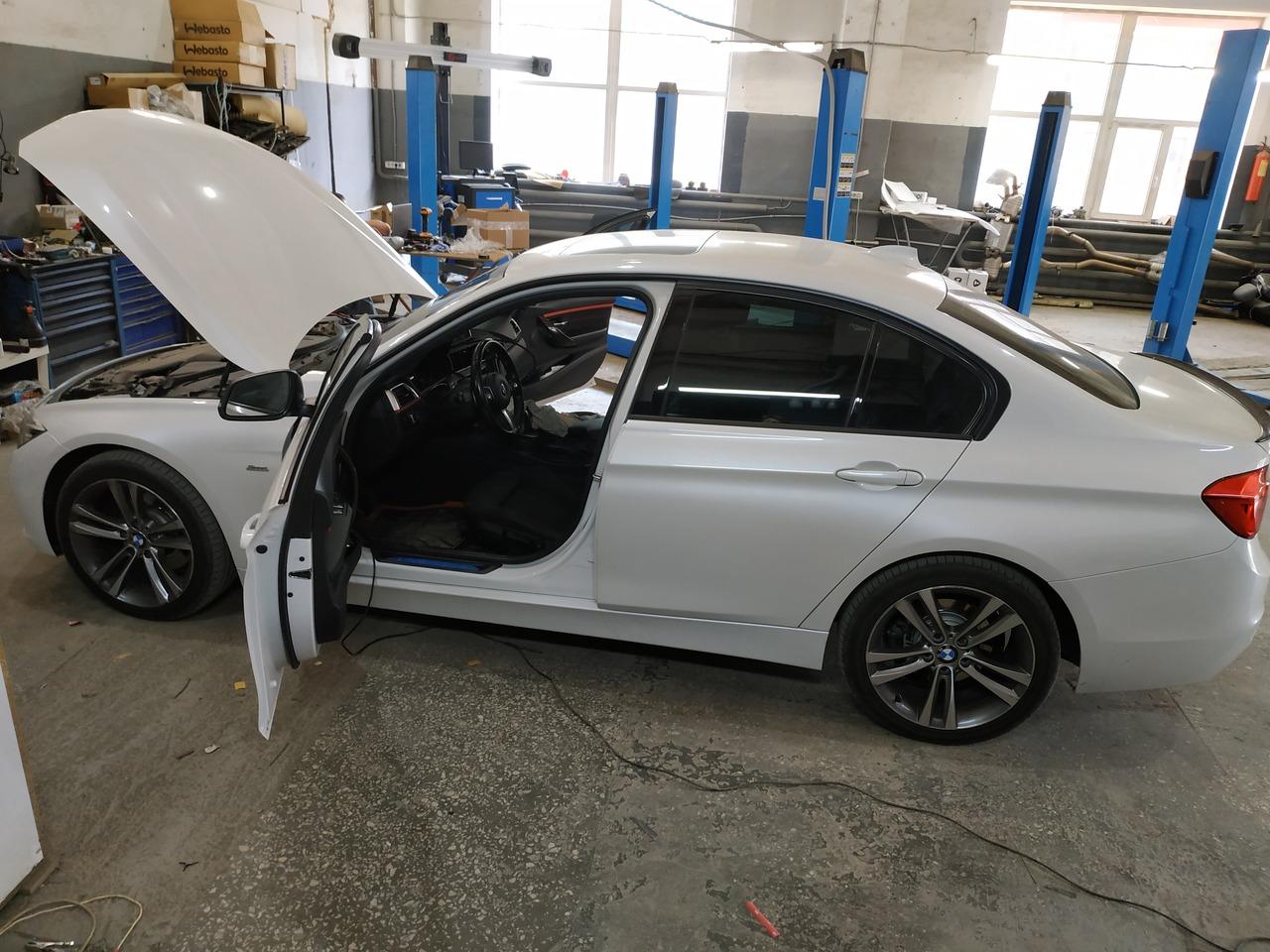 BMW F30 330iX 2016 г.в.